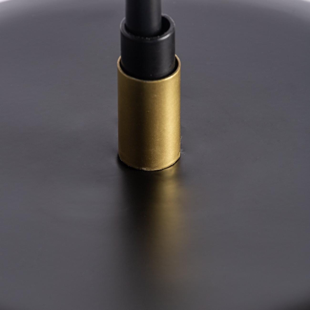 Lámpara de sobremesa en color negro/oro de estilo Art Decó de hierro y latón. Detalle