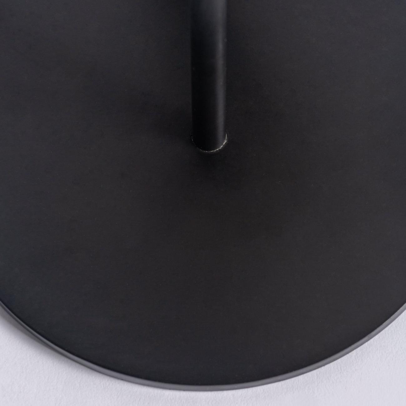 Lámpara de sobremesa en color negro/oro de estilo Art Decó de hierro y latón. Detalle base