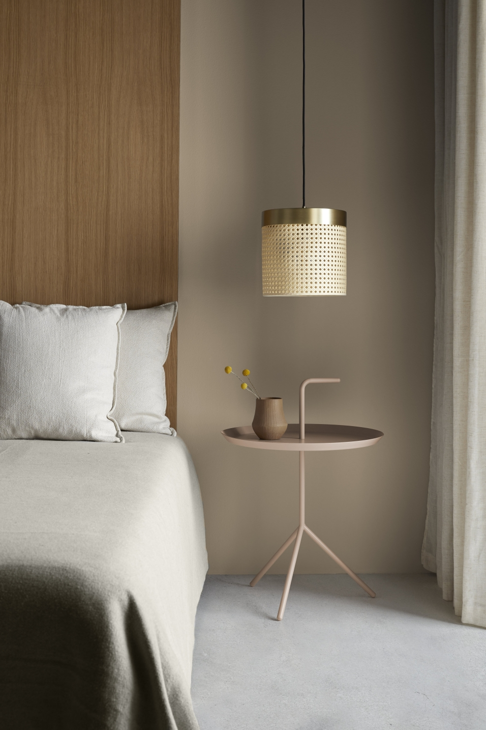 Foto de Lámpara de techo de aromas. Singular